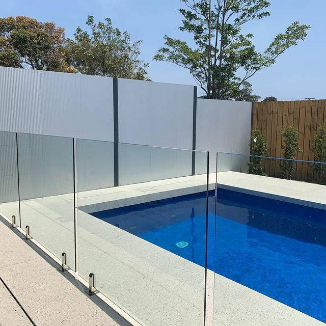 Swimming Pool Surounds